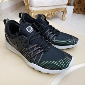 911db91cfbb34 Nike Shoes - Nike Women s Free TR 7 Metallic Training Shoes